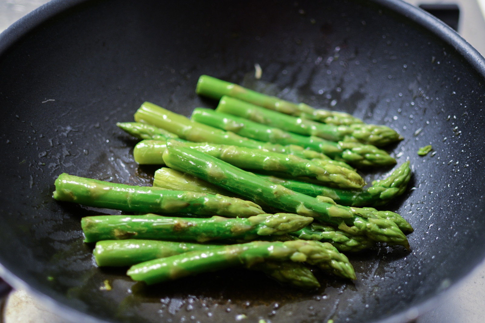 Green Asparagus With Olive Oil Garlic Amp Parmesan Travel