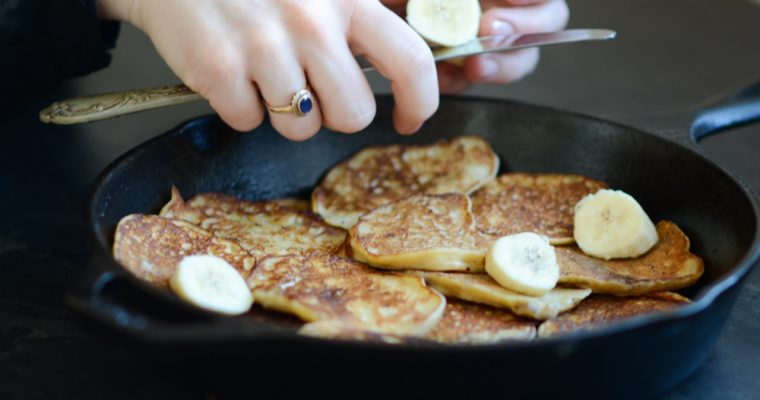 Healthy Banana Pancakes (Video)